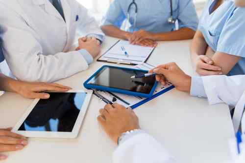 Medical Group with tablets